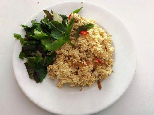 Trứng cá chuồn rán – món ăn dân dã ở Cù Lao Xanh