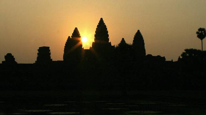 """Dù nhỏ nhưng Siem Reap là thành phố nổi tiếng ở Campuchia nhờ sở hữu điểm tham quan """"vàng"""": khu phức hợp đền thờ Angkor Wat. Năm 2013, Siem Reap không có trong top 10."""