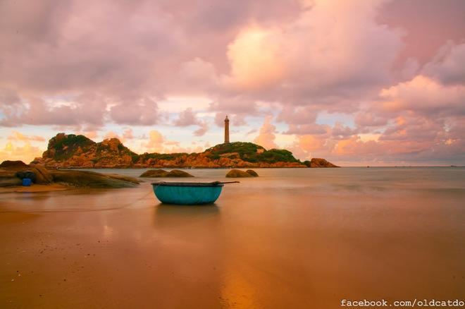 Bình minh nơi mắt biển Kê Gà