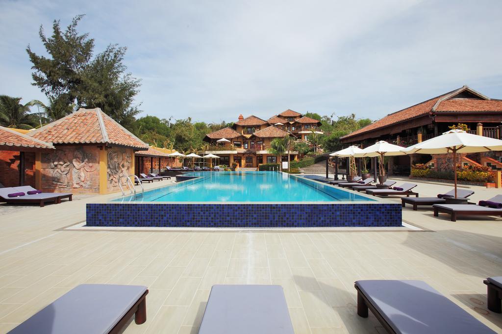 Poshanu Resort.