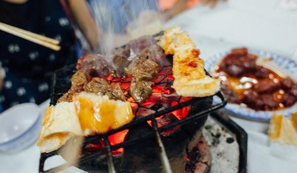 Bò nướng Lạc Cảnh nức tiếng ở Nha Trang