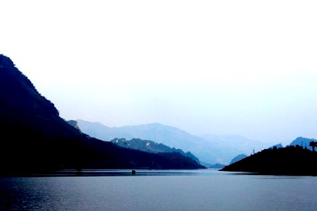 """Khám phá """"Vịnh Hạ Long"""" giữa đất trời Sơn La"""