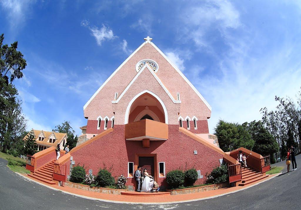 Nhà thờ Domaine de Marie.