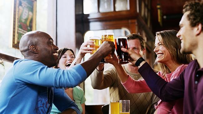 Phong tục uống thể hiện văn hóa của mỗi quốc gia