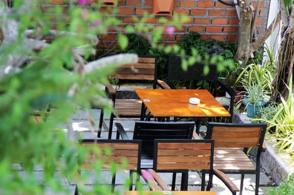 City Fox Bistro Café - 27 Lê Qúy Đôn - Nha Trang.