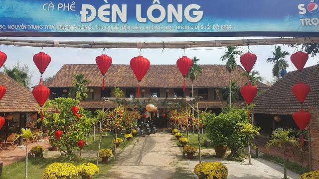 Cà phê Đèn Lồng: đường Nguyễn Trung Trực.