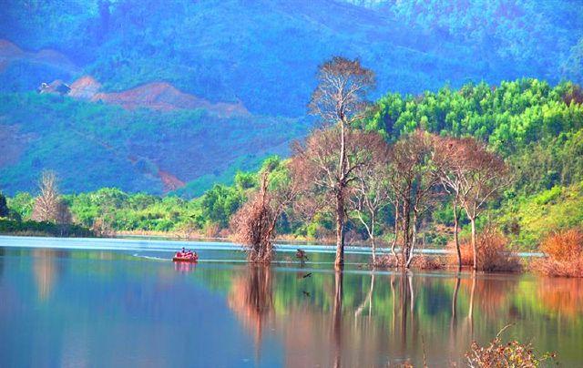 Hồ Ea Sno