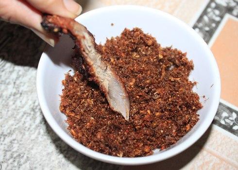 Bò một nắng chấm Muối kiến vàng