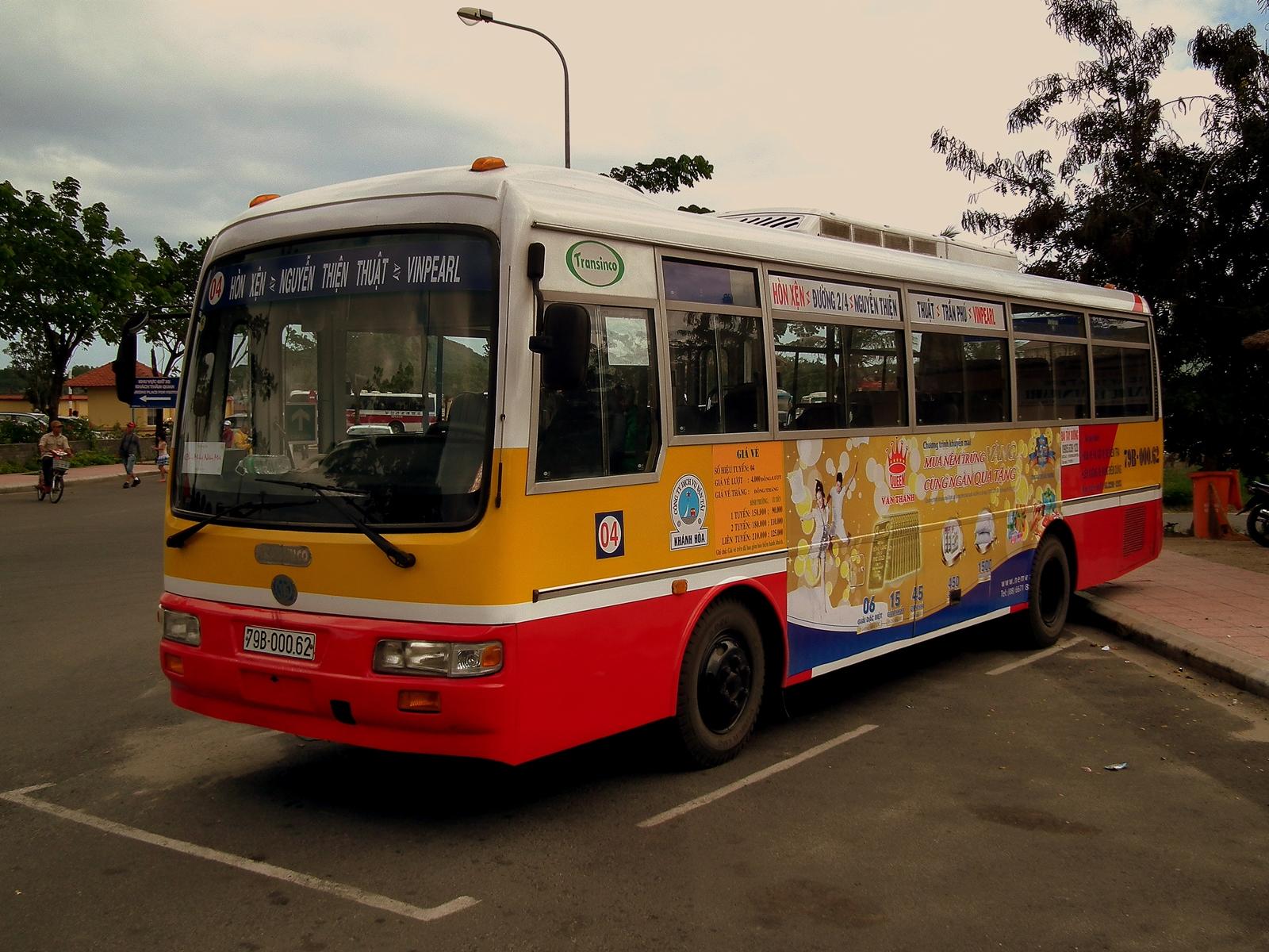Bus nội thành.