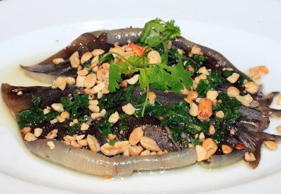 Cá lồi xối mỡ hành - Món ngon ở Phan Thiết.