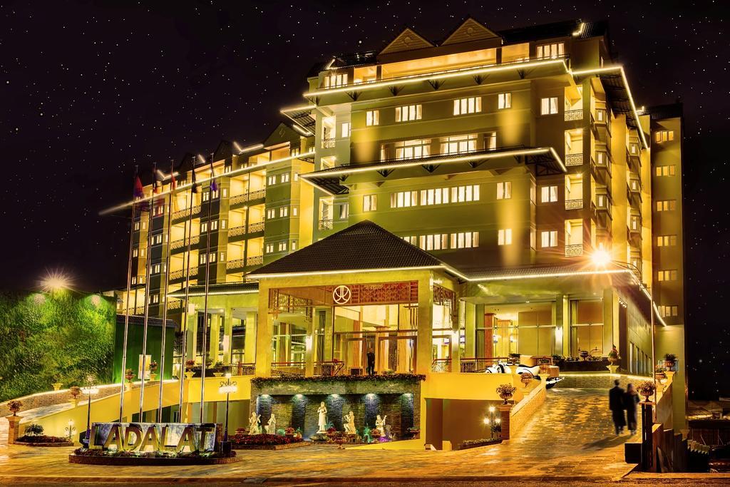 LADALAT Hotel.