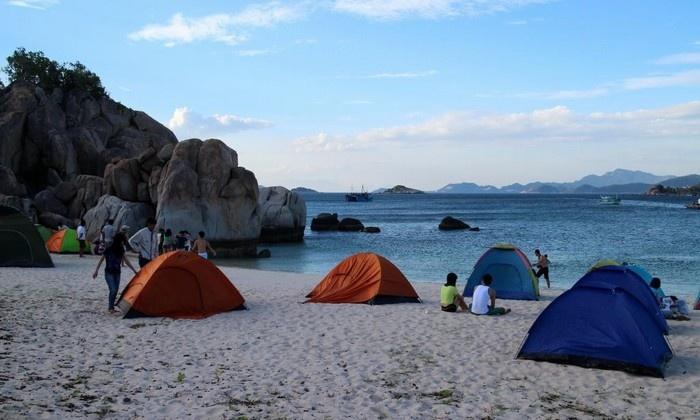 cắm trại đêm ở cù lao chàm