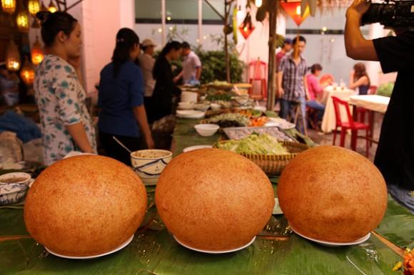 Món ngon ở An Giang: Xôi phồng chợ mới