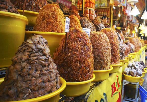Chợ Châu Đốc là điểm đến không thể bỏ qua với nhiều người.