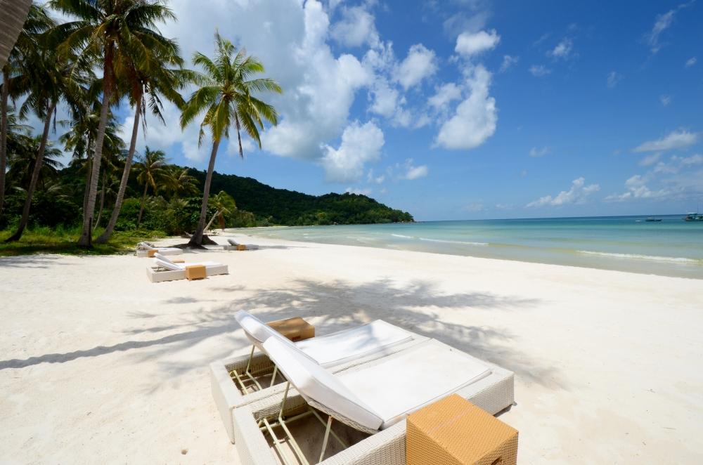 Biển xanh cát trắng nắng vàng với Bãi Sao ở Phú Quốc.