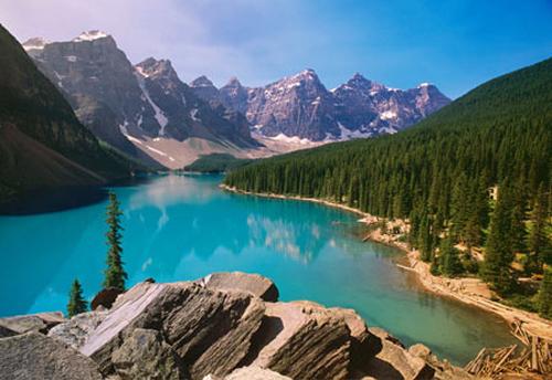 Những sắc màu nên thơ ở hồ Ba Bể 
