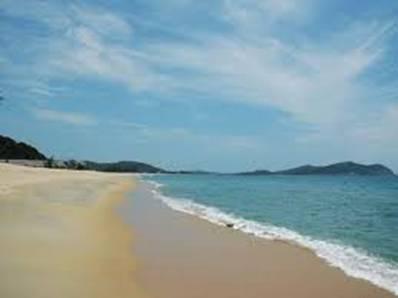 Biển Sa Huỳnh – Ảnh: nguồn dulich.chudu24.com
