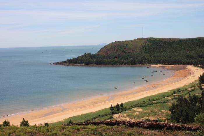 Bạn nên tới bãi Lữ trong khoảng tháng 5 đến tháng 8 hàng năm