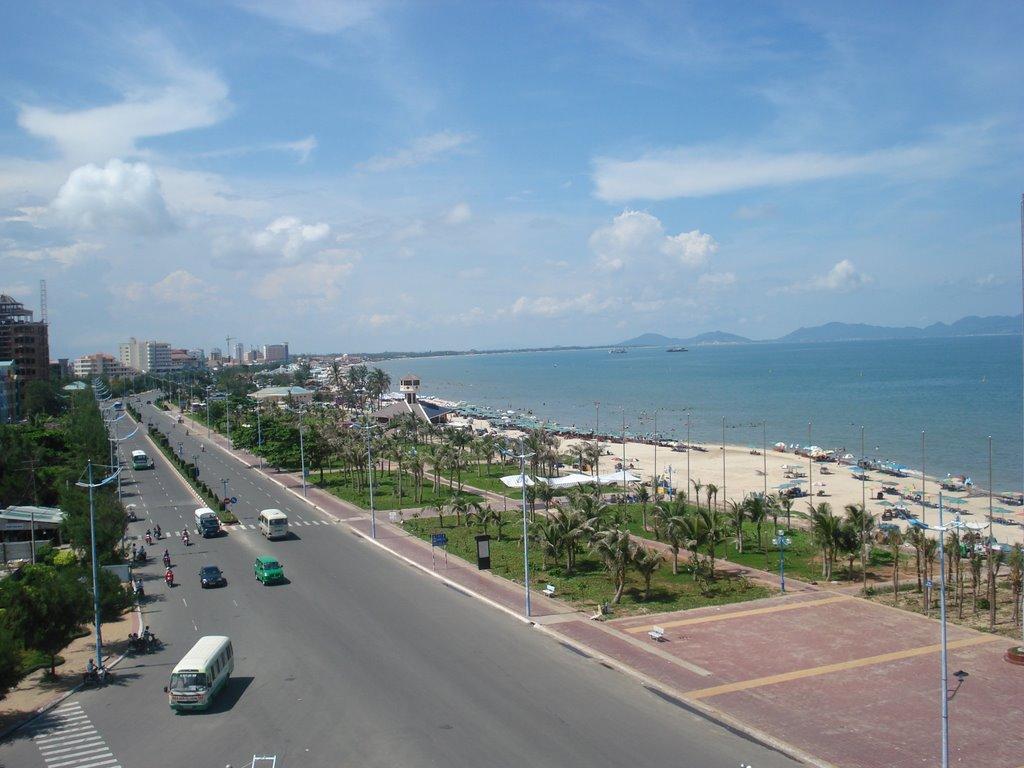 Toàn cảnh Bãi Sau Vũng Tàu nhìn từ KS Thùy Vân