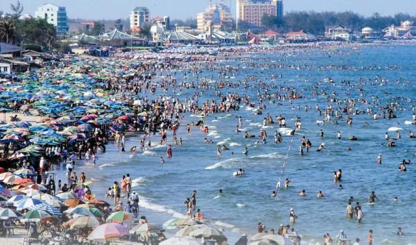 Bãi Sau là bãi tắm đẹp và có tiếng ở Vũng Tàu