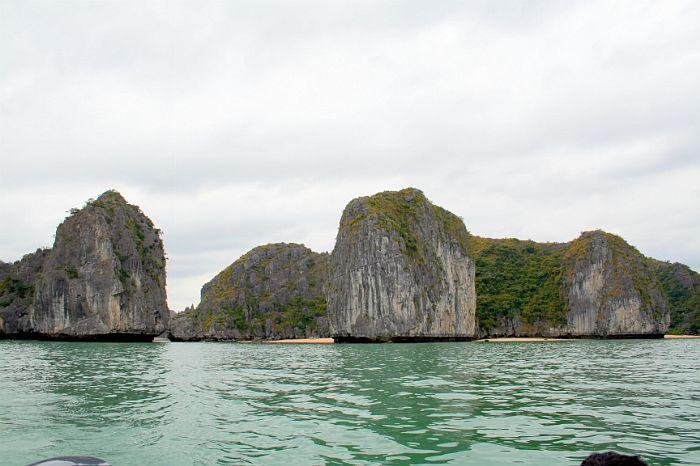 Bãi tắm Ba Trái Đào