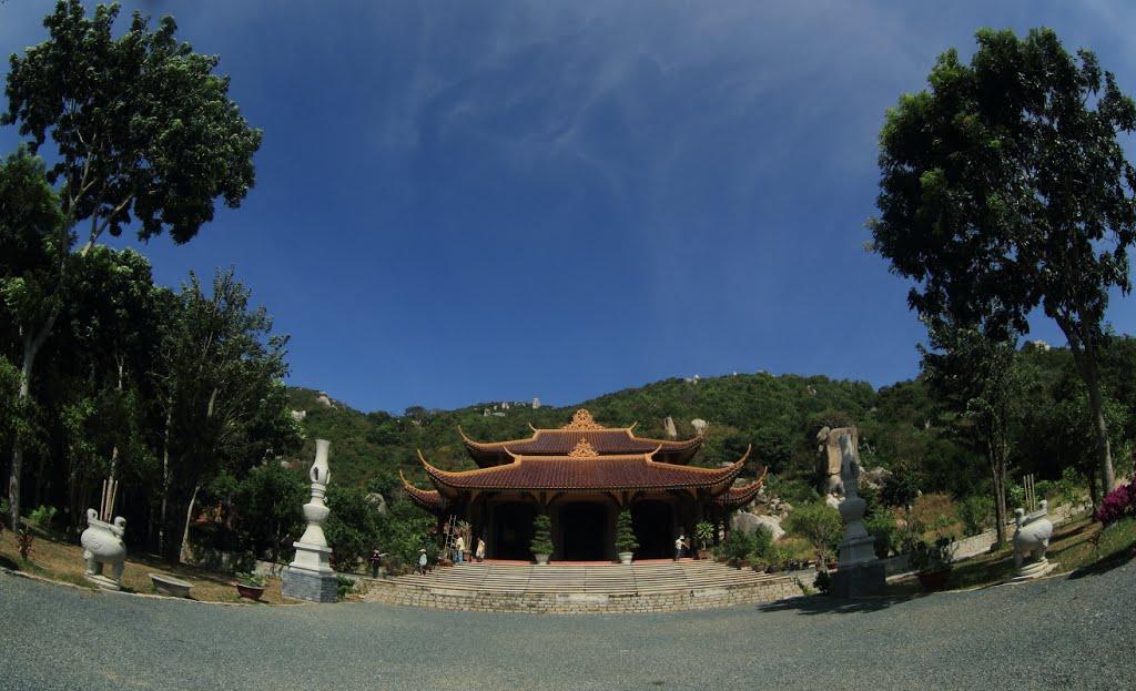 Thiền Viện Trúc Lâm Chân Nguyên