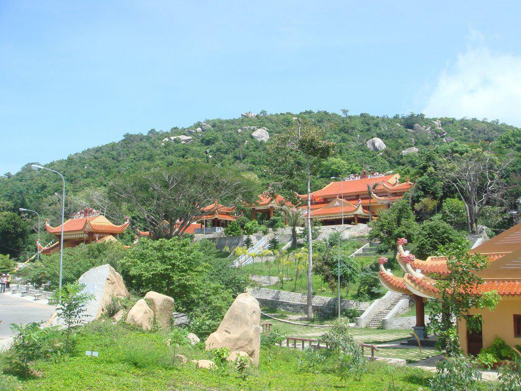 Núi Minh Đạm