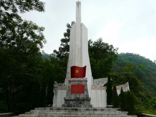 Đài vinh danh Chiến tích ở Bình Ca