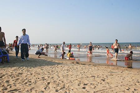 Một góc bãi biển Thạch Hải hôm nay