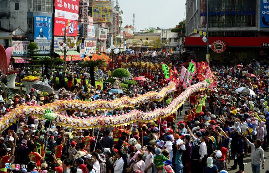 lễ hội chùa Bà