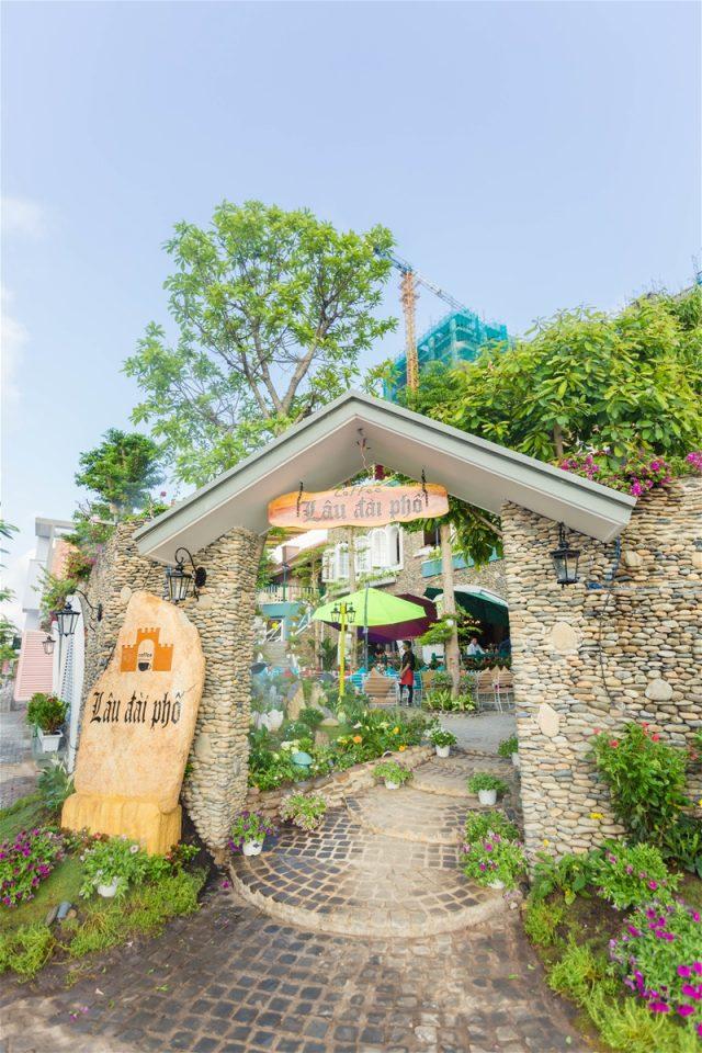 Castle Land Coffee – Cafe Lâu Đài Phố
