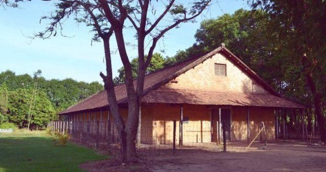 Nhà tù Phú Lợi