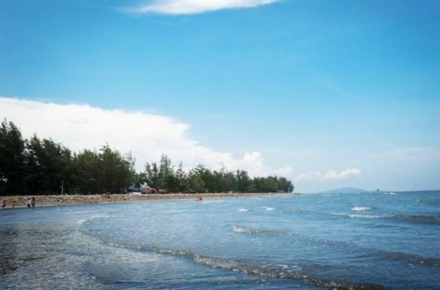 Bãi biển Cần Giờ, điểm du lịch hấp dẫn ở Cần Giờ.