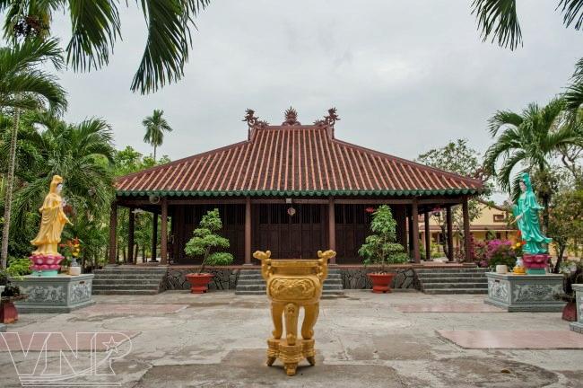 Chùa Tôn Thạnh, nơi cụ Đồ Chiểu từng viết văn, dạy học và chỉ đạo nghĩa sĩ Cần Giuộc kháng Pháp.
