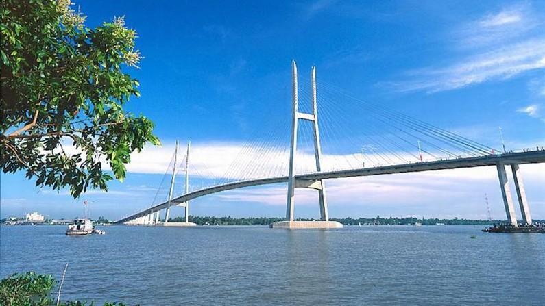 Cầu Mỹ Thuận hoàn thành có tác dụng nối liền tuyến giao thông đường bộ từ thành phố Hồ Chí Minh đến Vĩnh Long