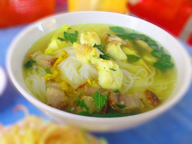 Món ngon ở An Giang: Bún cá Châu Đốc.
