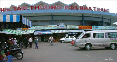 Chợ Đầm nổi tiếng như một điểm du lịch không thể thiếu khi du khách đến với Nha Trang