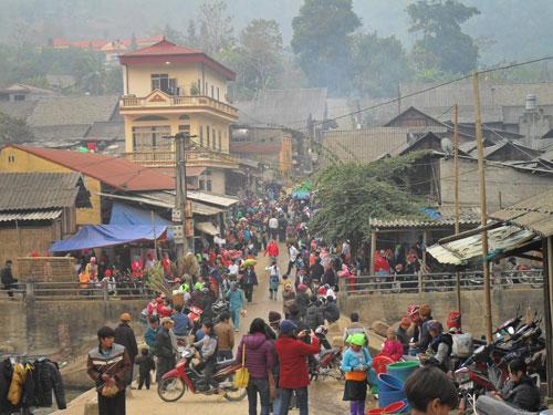 Chợ Mường Hum (Bát Xát, Lào Cai) - Ảnh: Thảo Vy