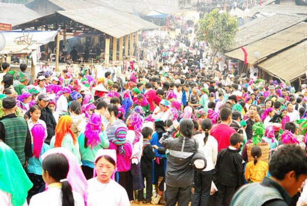Du lịch Xuân Dương, chợ tình