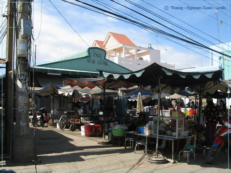 Chợ Vàm láng
