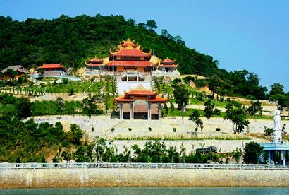 Chùa Cái Bầu - Thiện viện Trúc Lâm Giác
