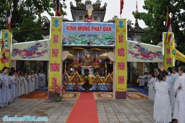 Đại lễ Phật Đản tại chùa Châu Quang (Tiền đường chùa)