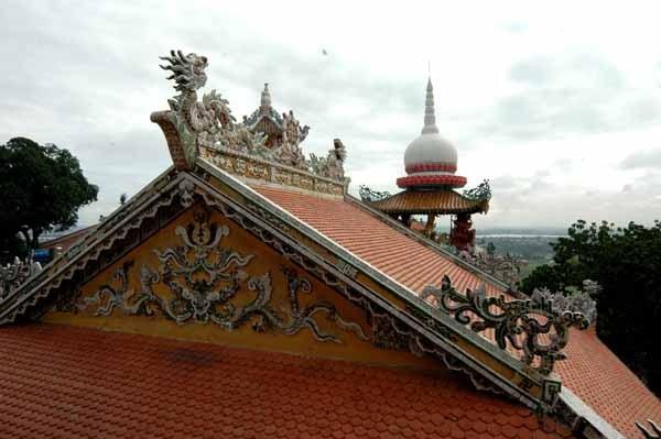 Một góc mái chùa