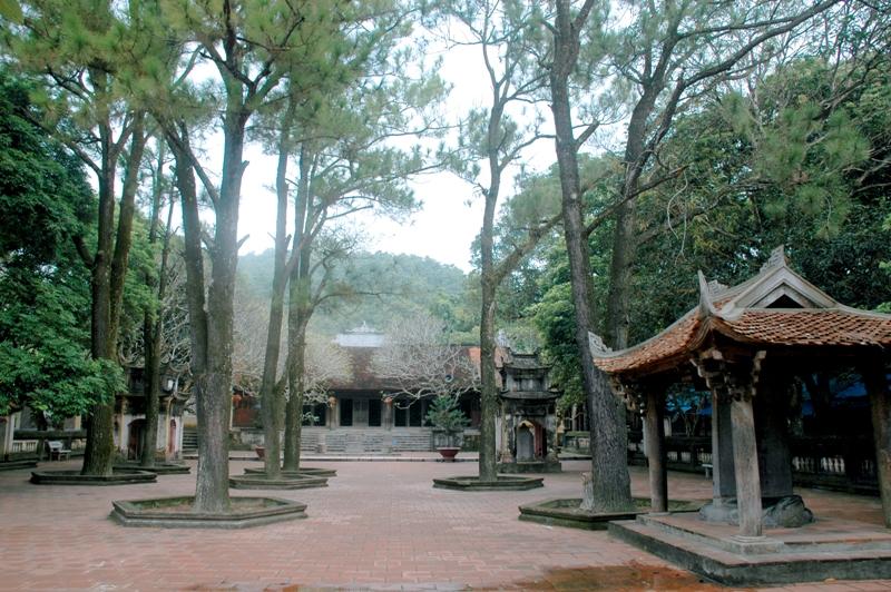 Chùa Côn Sơn