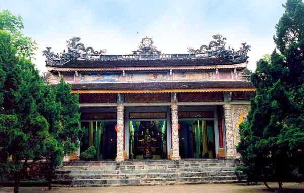 Mặt tiền chùa