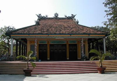 Đại Hùng Bảo Điện Tổ Đình Long Khánh - Quy Nhơn.