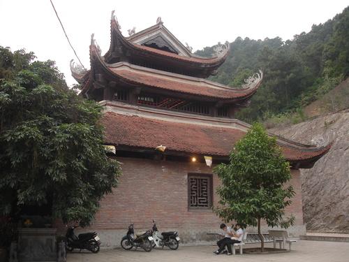 Chùa Non Nước (Sóc Sơn- Hà Nội)