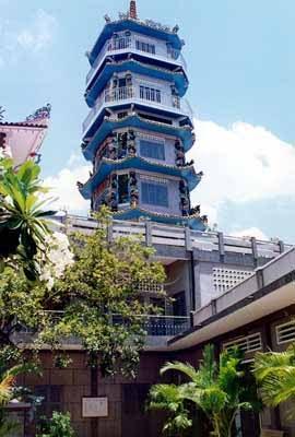 Tháp Pháp Hoa
