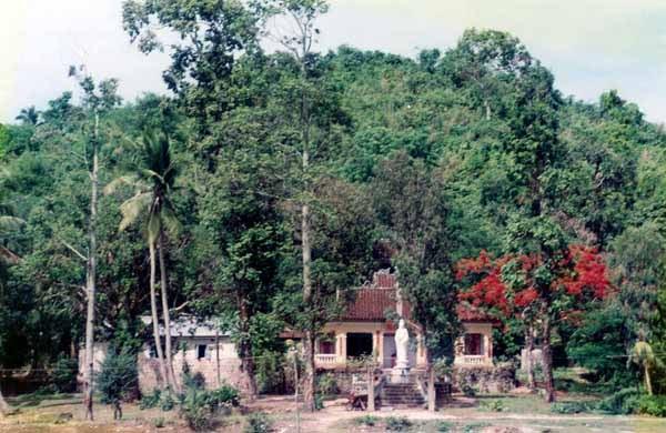 Toàn cảnh chùa 1990