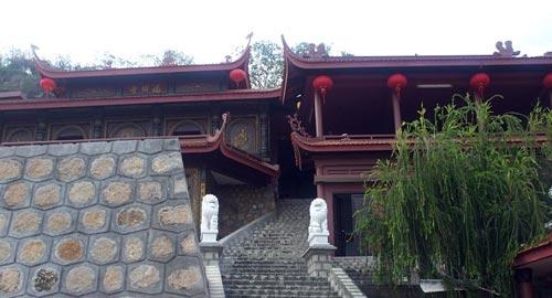 Chùa Hang, Châu Đốc